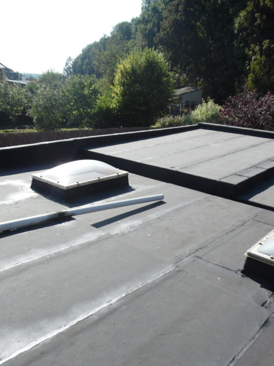 rénovation toiture plate Charleroi